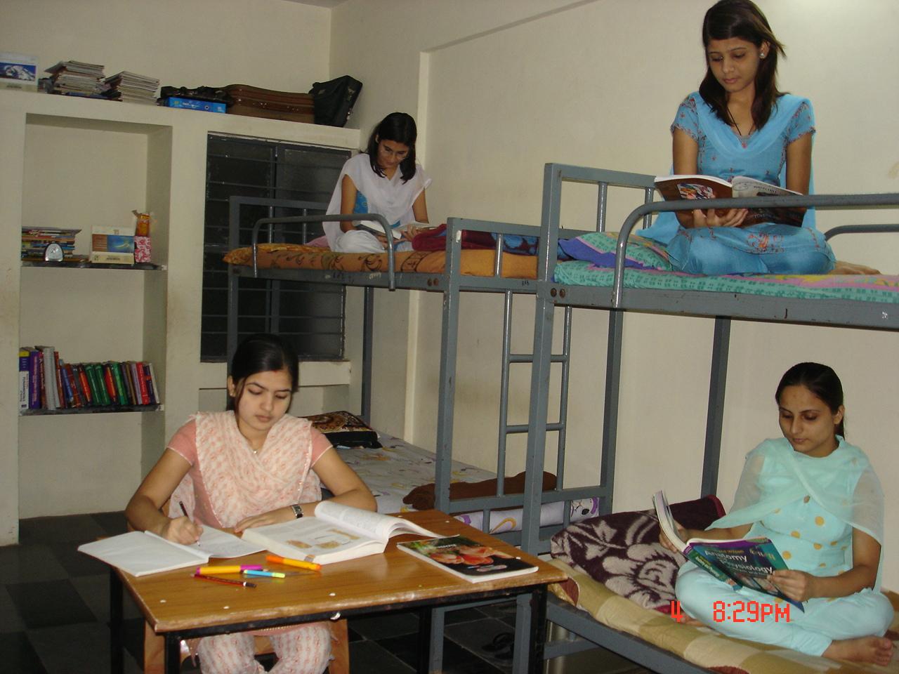 List Of Best Patna girl hostel photo