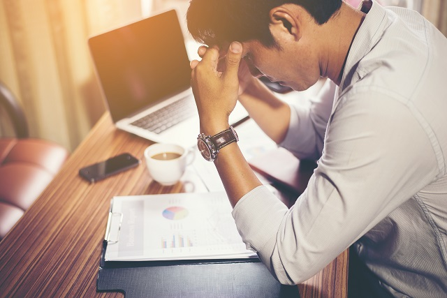 How to avoid financial stress while working for a start-up