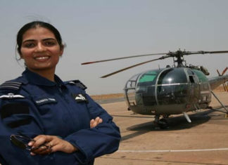 Gunjan-Saxena-the first ever Indian woman to fly into a combat zone